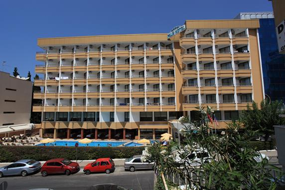 https://aventur.ro/assets/media/imagini_hoteluri/KUPALH/KUPALH-HotelPict1-18460.jpg