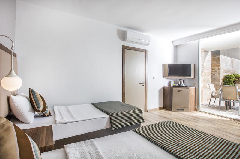 https://aventur.ro/assets/media/imagini_hoteluri/KUPAME/KUPAME-HotelPict33-22515.jpg