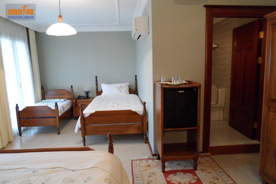 https://aventur.ro/assets/media/imagini_hoteluri/KUPANI/Kusadasi_Panion_Park_Hotel_3.JPG