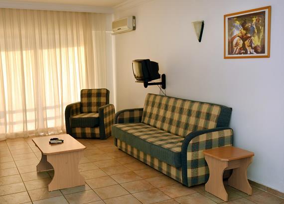 https://aventur.ro/assets/media/imagini_hoteluri/KUSCAL/KUSCAL-HotelPict5-12671.jpg