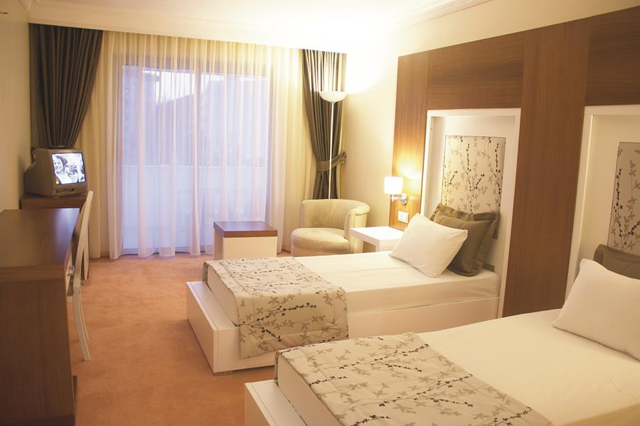 https://aventur.ro/assets/media/imagini_hoteluri/KUSENT/KUSENT-HotelPict5-21673.jpg