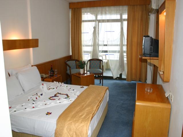 https://aventur.ro/assets/media/imagini_hoteluri/KUSOZE/KUSOZE-HotelPict2-4985.jpg
