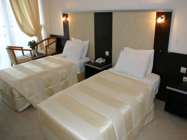 https://aventur.ro/assets/media/imagini_hoteluri/KUSOZE/KUSOZE-HotelPict5-4988.jpg