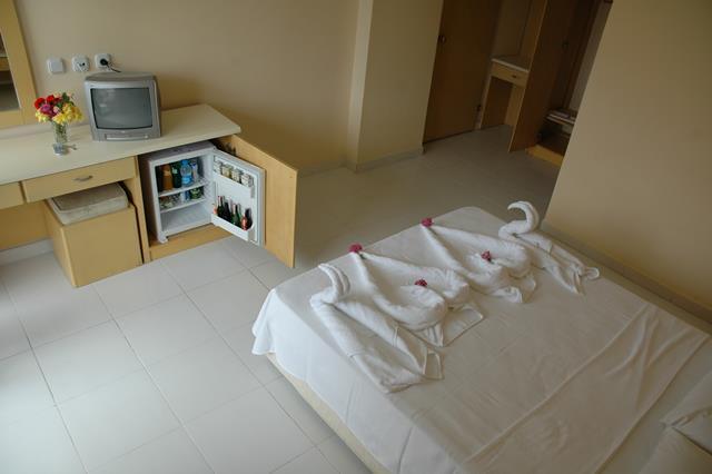 https://aventur.ro/assets/media/imagini_hoteluri/KUTROP/KUTROP-HotelPict6-8073.jpg