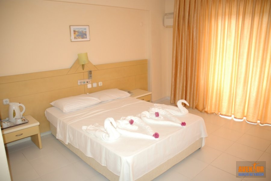 https://aventur.ro/assets/media/imagini_hoteluri/KUTROP/Kusadasi_Tropicana_Garden_Hotel_1.JPG