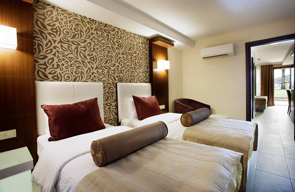 https://aventur.ro/assets/media/imagini_hoteluri/KUTUSA/KUTUSA-HotelPict6-12906.jpg