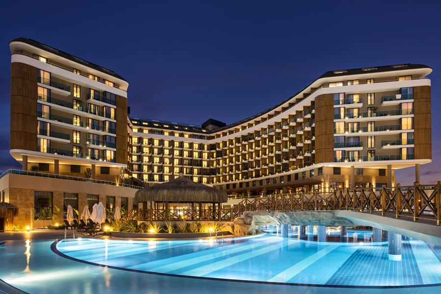 https://aventur.ro/assets/media/imagini_hoteluri/LKASKA/LKASKA-HotelPict1-21601.jpg