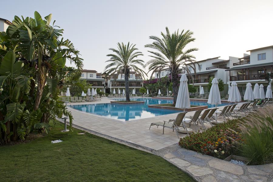 https://aventur.ro/assets/media/imagini_hoteluri/LKBARU/LKBARU-HotelPict4-21616.jpg