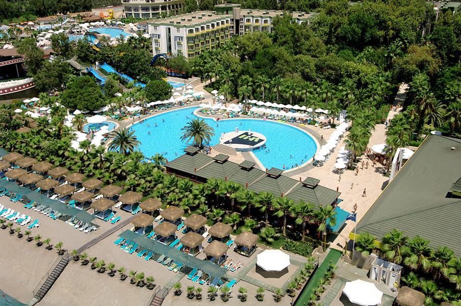 https://aventur.ro/assets/media/imagini_hoteluri/LKBOTA/LKBOTA-HotelPict2-21625.jpg