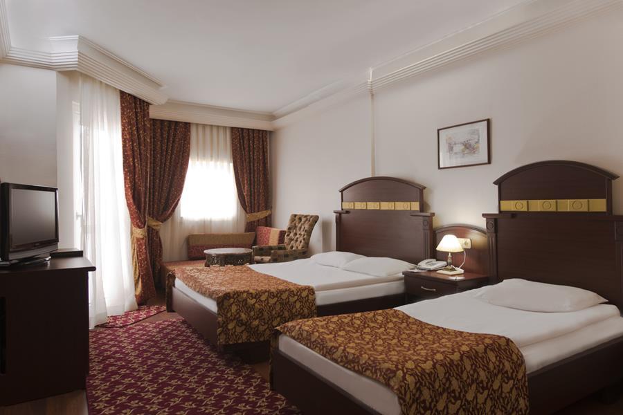 https://aventur.ro/assets/media/imagini_hoteluri/LKBOTA/LKBOTA-HotelPict5-21628.jpg