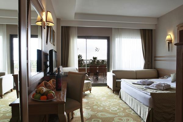 https://aventur.ro/assets/media/imagini_hoteluri/LKFAME/LKFAME-HotelPict8-13178.jpg