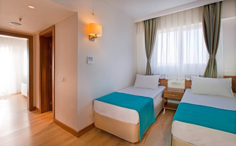 https://aventur.ro/assets/media/imagini_hoteluri/LKGRPA/LKGRPA-HotelPict22-21176.jpg