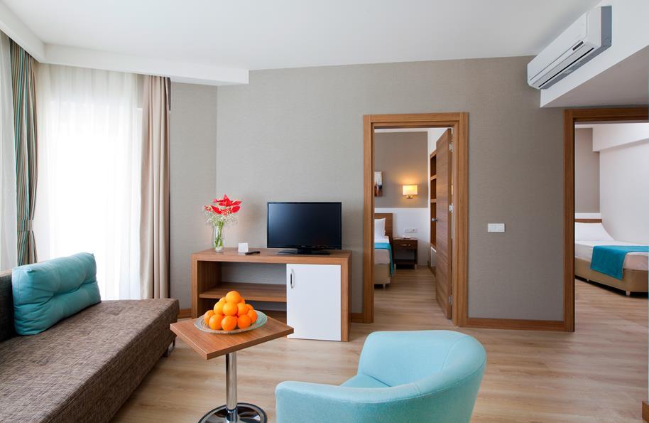 https://aventur.ro/assets/media/imagini_hoteluri/LKGRPA/LKGRPA-HotelPict27-21181.jpg