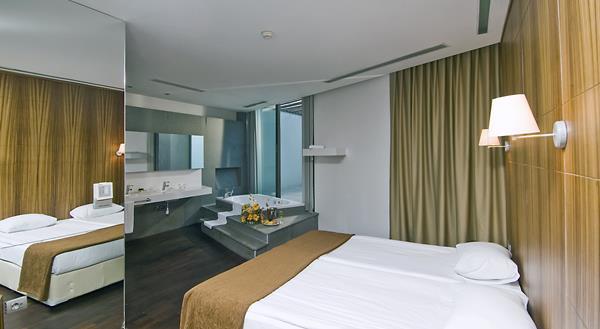 https://aventur.ro/assets/media/imagini_hoteluri/LKKERL/LKKERL-HotelPict12-15749.jpg