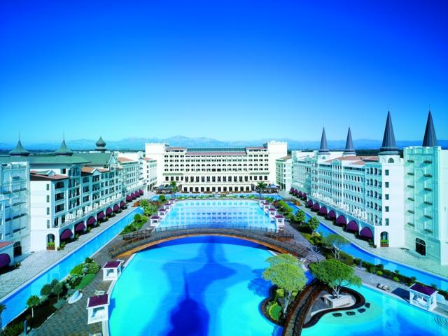 https://aventur.ro/assets/media/imagini_hoteluri/LKMARD/LKMARD-HotelPict2-3005.jpg