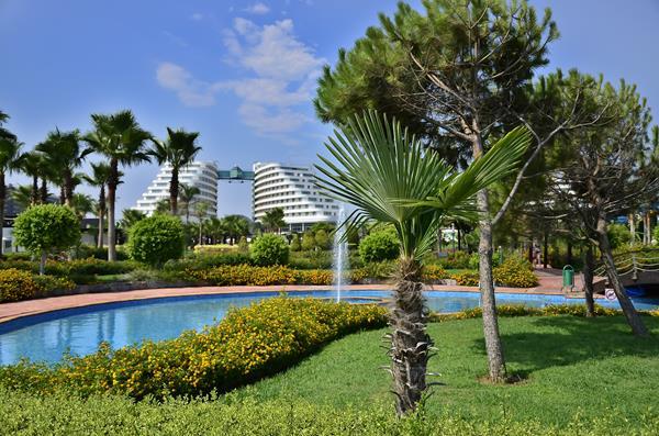 https://aventur.ro/assets/media/imagini_hoteluri/LKMIRA/LKMIRA-HotelPict10-13120.jpg
