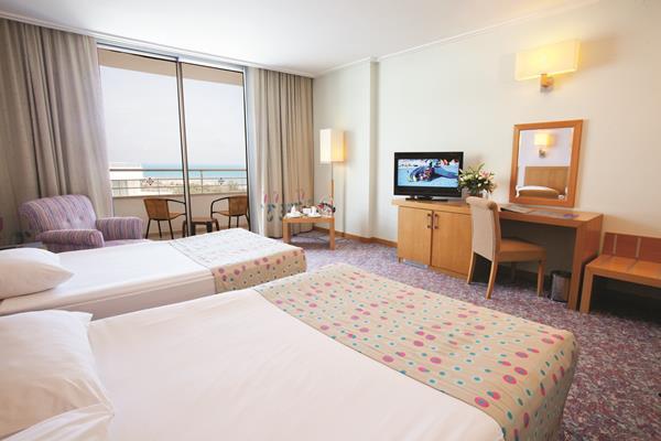 https://aventur.ro/assets/media/imagini_hoteluri/LKMIRA/LKMIRA-HotelPict12-13123.jpg