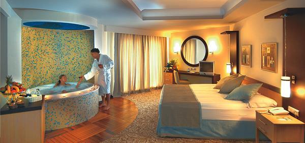 https://aventur.ro/assets/media/imagini_hoteluri/LKROWI/LKROWI-HotelPict8-13082.jpg