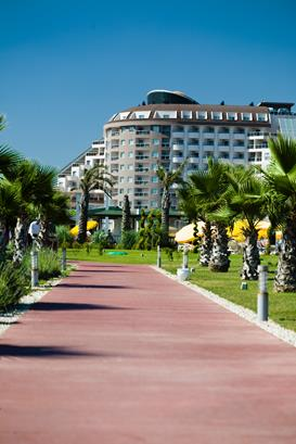 https://aventur.ro/assets/media/imagini_hoteluri/LKSATU/LKSATU-HotelPict7-13074.jpg