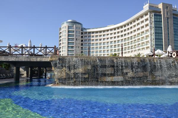 https://aventur.ro/assets/media/imagini_hoteluri/LKSHEB/LKSHEB-HotelPict1-13056.jpg