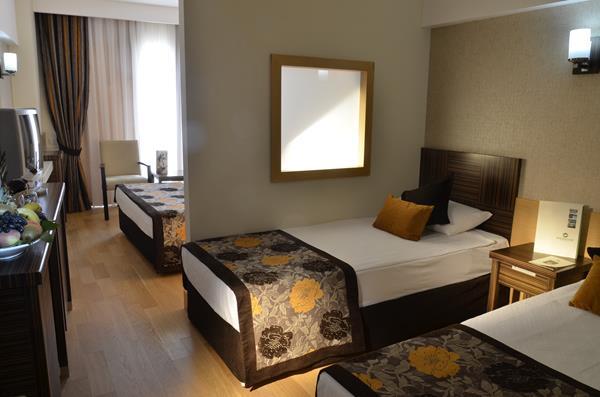 https://aventur.ro/assets/media/imagini_hoteluri/LKSHEB/LKSHEB-HotelPict8-13063.jpg