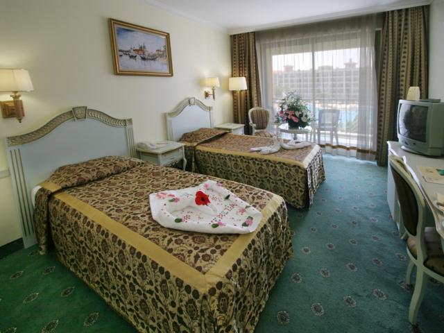https://aventur.ro/assets/media/imagini_hoteluri/LKVENE/LKVENE-HotelPict2-6115.jpg