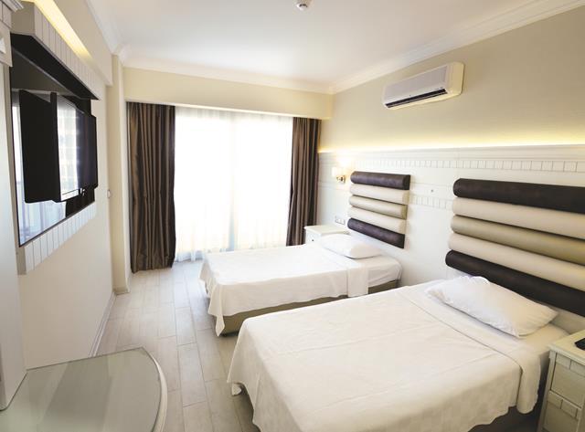 https://aventur.ro/assets/media/imagini_hoteluri/MAALIN/MAALIN-HotelPict2-8411.jpg