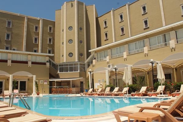 https://aventur.ro/assets/media/imagini_hoteluri/MAANEM/MAANEM-HotelPict10-13354.jpg