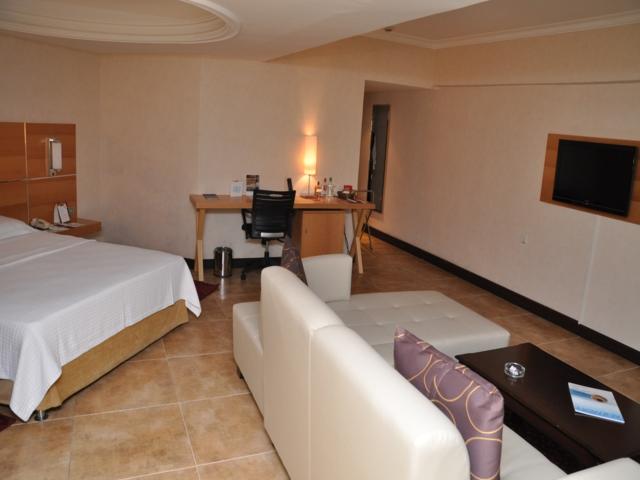 https://aventur.ro/assets/media/imagini_hoteluri/MAANEM/MAANEM-HotelPict3-3140.jpg
