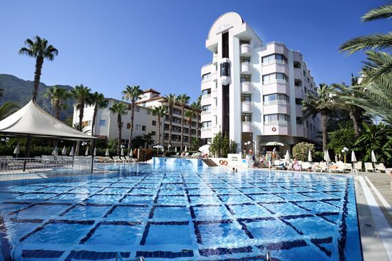 https://aventur.ro/assets/media/imagini_hoteluri/MAAQUA/MAAQUA-HotelPict1-18502.jpg