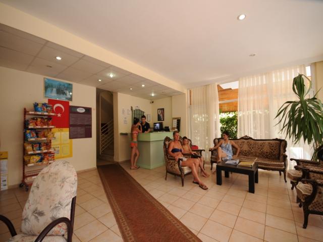 https://aventur.ro/assets/media/imagini_hoteluri/MABANA/MABANA-HotelPict5-3188.jpg
