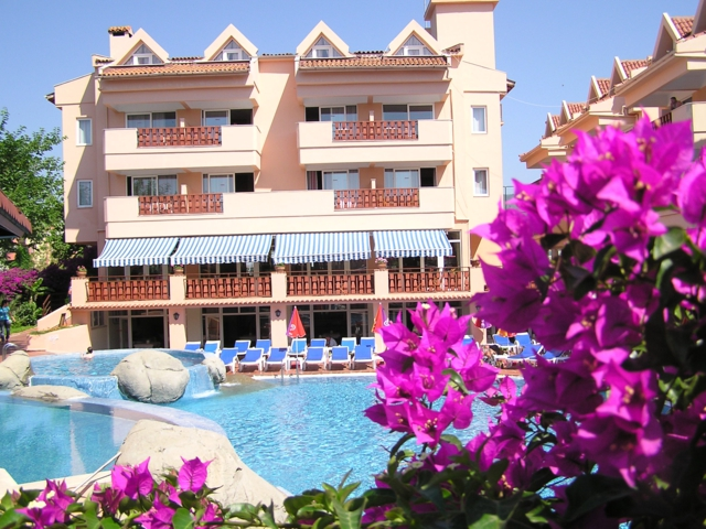https://aventur.ro/assets/media/imagini_hoteluri/MABEGO/MABEGO-HotelPict1-3206.jpg