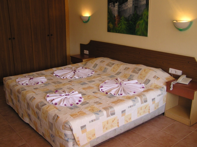 https://aventur.ro/assets/media/imagini_hoteluri/MABEGO/MABEGO-HotelPict4-3209.jpg