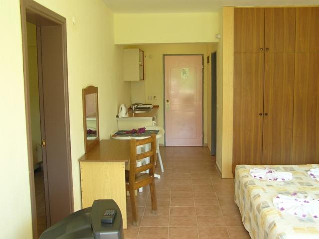 https://aventur.ro/assets/media/imagini_hoteluri/MABEGO/MABEGO-HotelPict6-3213.jpg