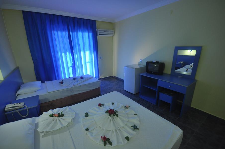 https://aventur.ro/assets/media/imagini_hoteluri/MACENT/MACENT-HotelPict6-21831.jpg