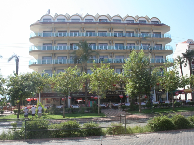 https://aventur.ro/assets/media/imagini_hoteluri/MACIHA/MACIHA-HotelPict1-3262.jpg