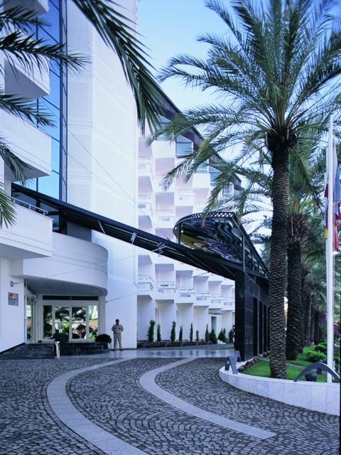 https://aventur.ro/assets/media/imagini_hoteluri/MAELEG/MAELEG-HotelPict1-3321.jpg