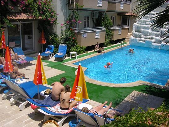 https://aventur.ro/assets/media/imagini_hoteluri/MAFAMI/MAFAMI-HotelPict6-13500.jpg