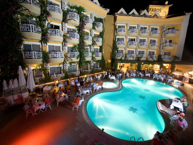 https://aventur.ro/assets/media/imagini_hoteluri/MAFARO/MAFARO-HotelPict1-3340.jpg