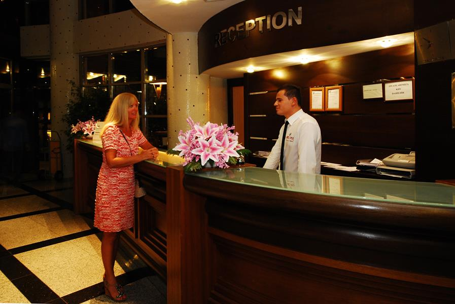 https://aventur.ro/assets/media/imagini_hoteluri/MAGRAN/MAGRAN-HotelPict8-21824.jpg