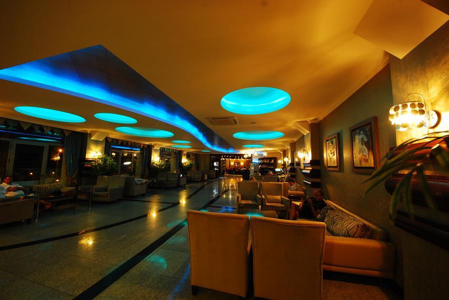 https://aventur.ro/assets/media/imagini_hoteluri/MAGRAN/MAGRAN-HotelPict9-21825.jpg