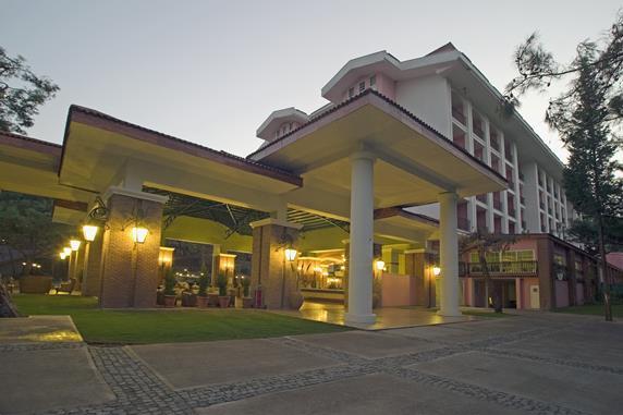 https://aventur.ro/assets/media/imagini_hoteluri/MAGYCT/MAGYCT-HotelPict5-18565.jpg