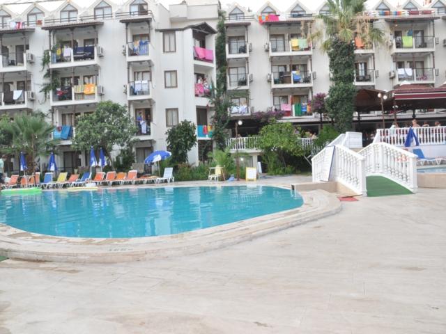 https://aventur.ro/assets/media/imagini_hoteluri/MAHAL1/MAHAL1-HotelPict5-3432.jpg