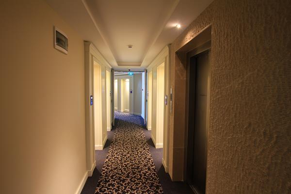 https://aventur.ro/assets/media/imagini_hoteluri/MAHAW/MAHAW-HotelPict6-13584.jpg