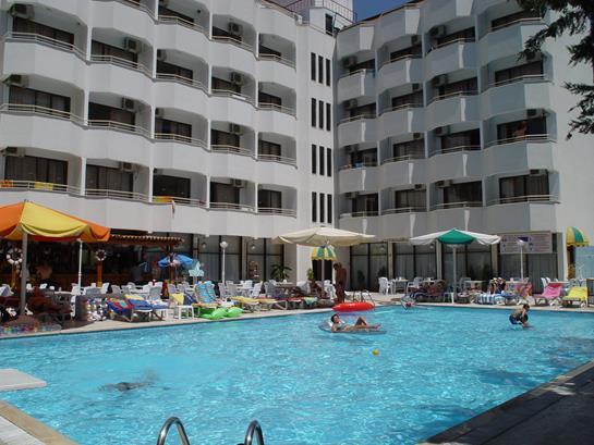 https://aventur.ro/assets/media/imagini_hoteluri/MAINTE/MAINTE-HotelPict15-13621.jpg
