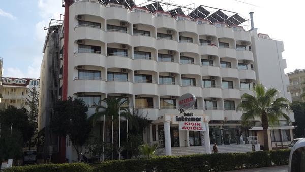 https://aventur.ro/assets/media/imagini_hoteluri/MAINTE/MAINTE-HotelPict9-13615.jpg