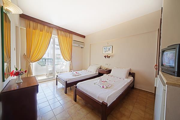 https://aventur.ro/assets/media/imagini_hoteluri/MAIRM/MAIRM-HotelPict4-13626.jpg