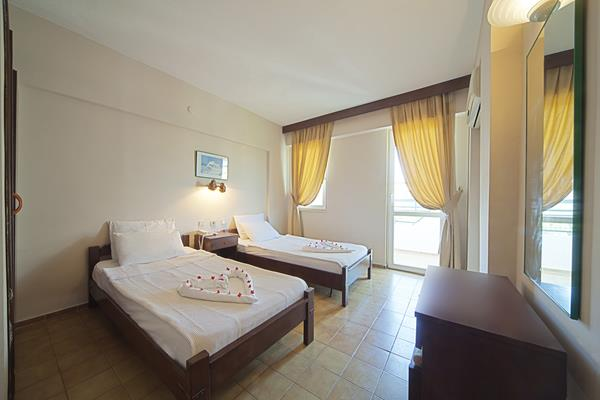 https://aventur.ro/assets/media/imagini_hoteluri/MAIRM/MAIRM-HotelPict5-13627.jpg