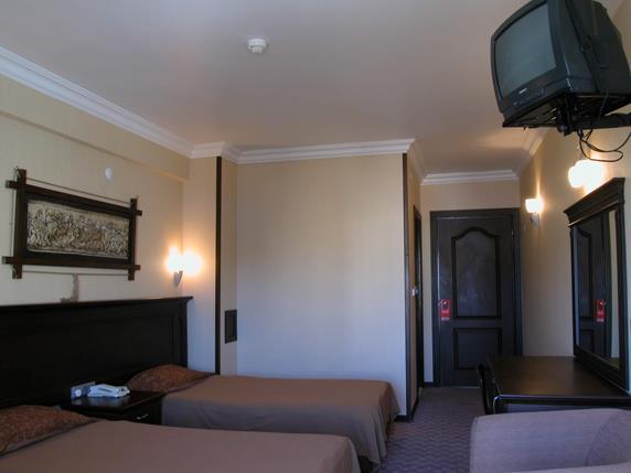 https://aventur.ro/assets/media/imagini_hoteluri/MAKAR/MAKAR-HotelPict5-19318.jpg