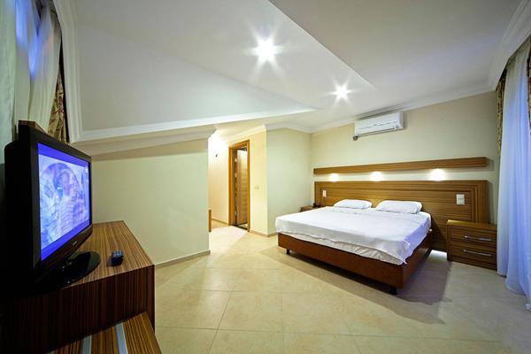 https://aventur.ro/assets/media/imagini_hoteluri/MALABE/MALABE-HotelPict14-16092.jpg